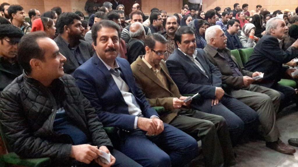 قطار سی و چهارمین جشنواره بین المللی تئاتر فجردر یزد به راه افتاد