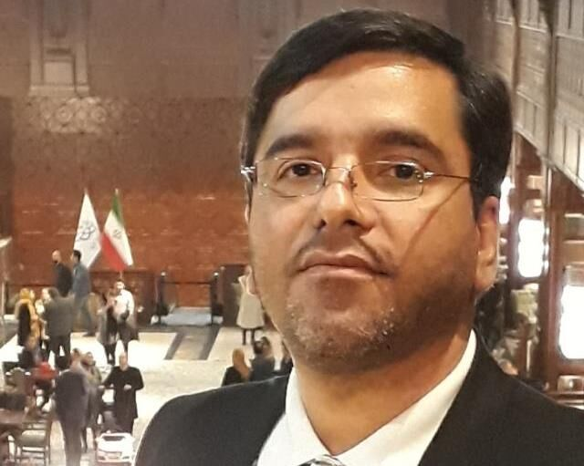 دکتر جاوید ایمانی ، رییس مرکز مدیریت راهبردی افتا به لقاءالله پیوست
